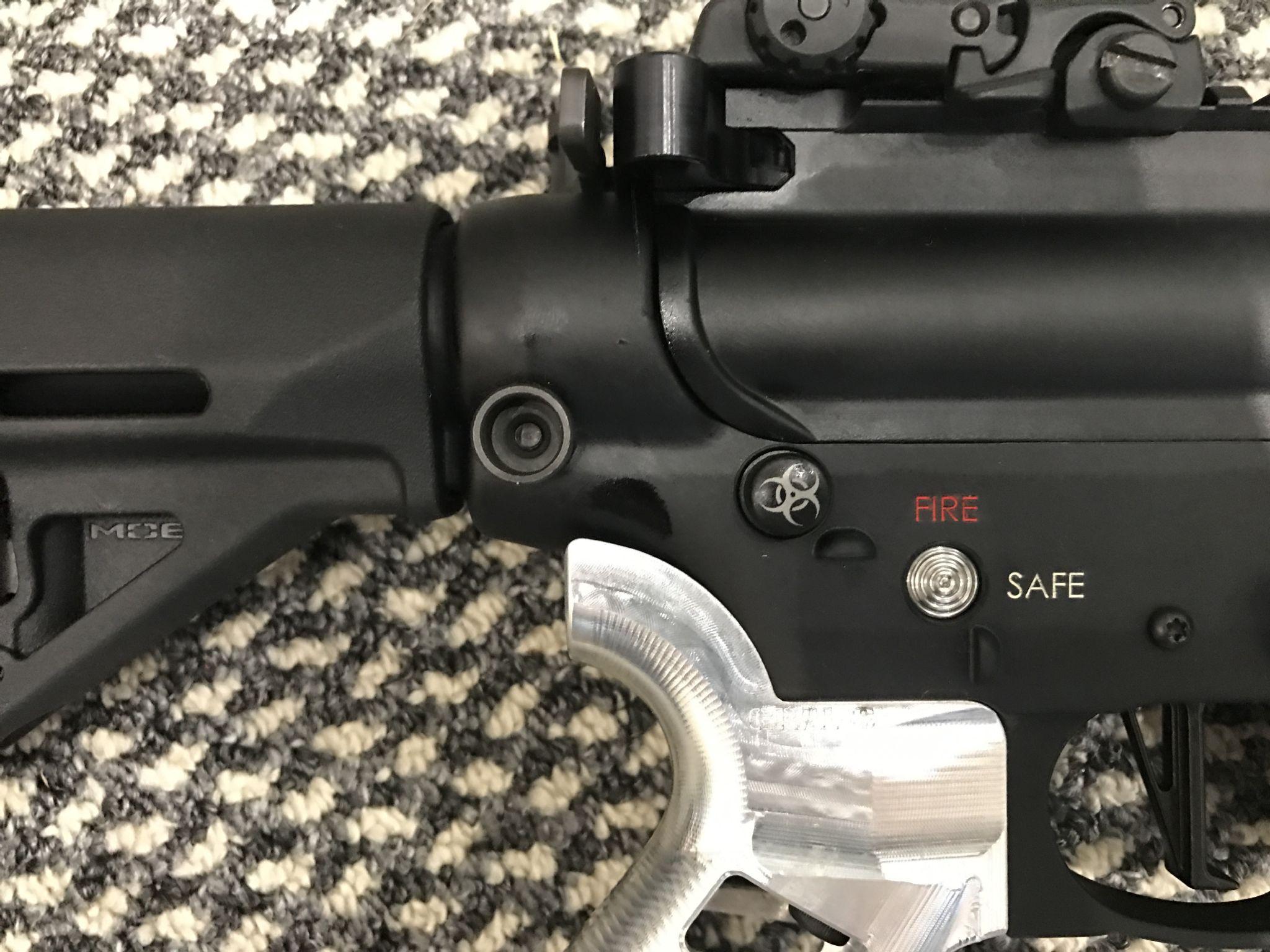 AR 15 Push Button Safety Catch Black e